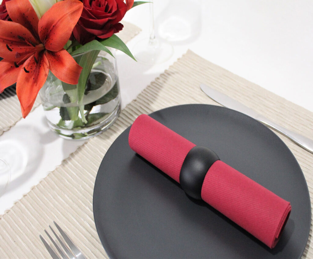 Burgundy-napking-tableset0