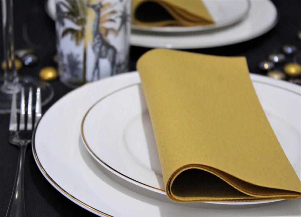 Gold-napkins-for-sale